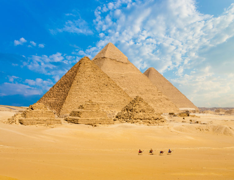 Sightseeing in Egypt - Pyramids of Giza