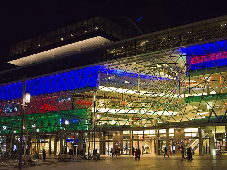 MyZeil Shopping Center in Frankfurt am Main - What to see in Frankfurt