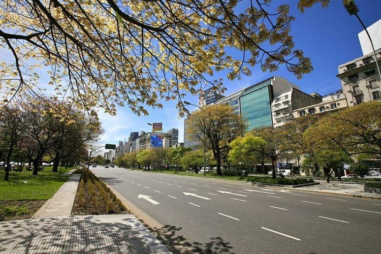 Avenida Nueve de Julio - Buenos Aires landmarks