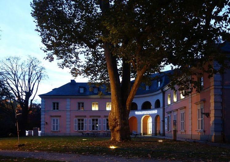 Dusseldorf Theater Museum - Attractions