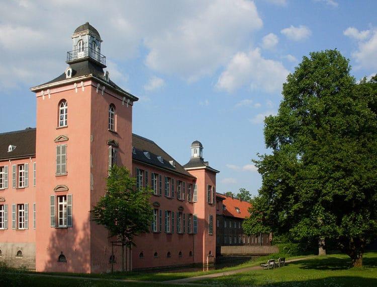 Castle Kalkum - Dusseldorf attractions