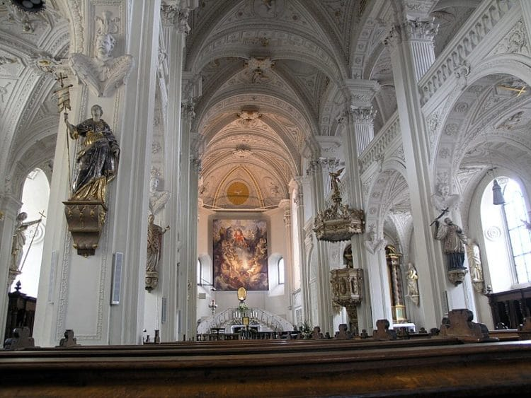 Church of the Apostle Andrew - Dusseldorf landmarks