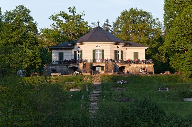 Bear Castle - Stuttgart attractions