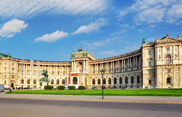 Достопримечательности Австрии - Дворец Хофбург