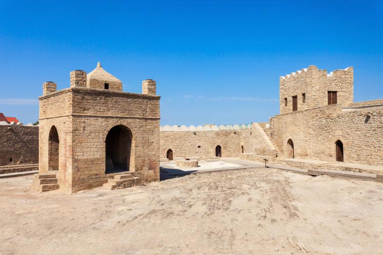 Достопримечательности Азербайджана - Храм огнепоклонников Атешгях