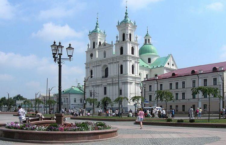 Достопримечательности Белоруссии - Кафедральный костёл Святого Франциска Ксаверия