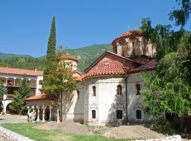 Достопримечательности Болгарии - Бачковский монастырь