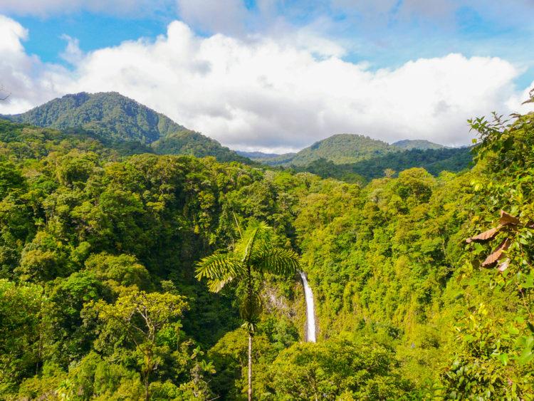 Достопримечательности Коста-Рики - Водопад Ла Фортуна