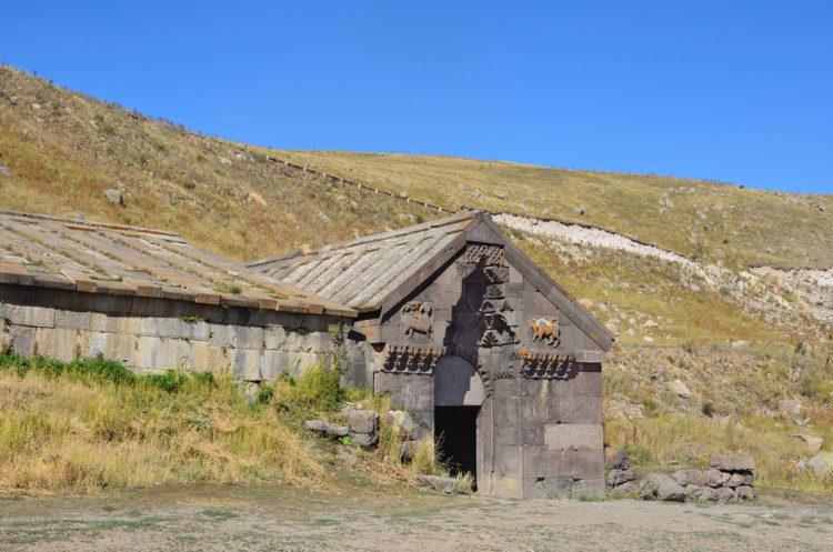 Что посмотреть в Армении - Селимский караван-сарай