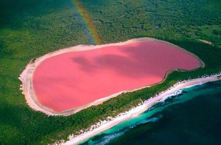 Достопримечательности Австралии - Озеро Хиллер (остров Миддл)