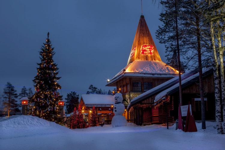 Достопримечательности Финляндии - Деревня Санта Клауса