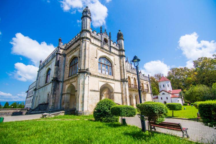 Достопримечательности Грузии - Дворец Дадиани