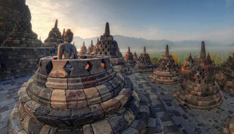 Что посмотреть в Индонезии - Храм Боробудур