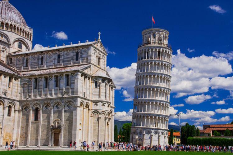 Достопримечательности Италии в Пизанская башня