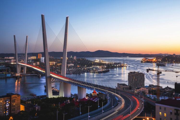 Достопримечательности России - Вантовые мосты во Владивостоке