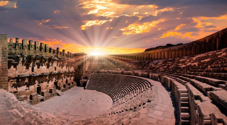 Что посмотреть в Турции - Амфитеатр Аспендоса