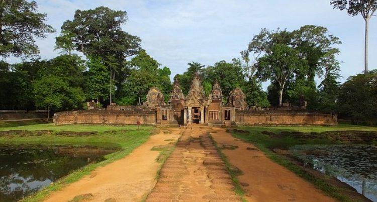 Храм Бантеайсрей - достопримечательности Камбоджи