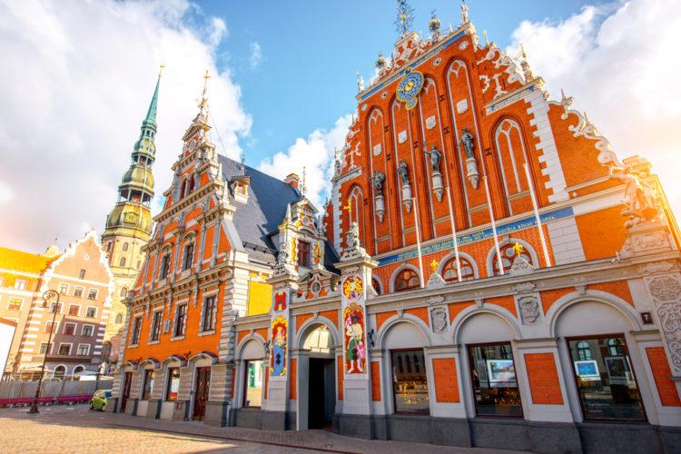 Дом Черноголовых - достопримечательности Латвии