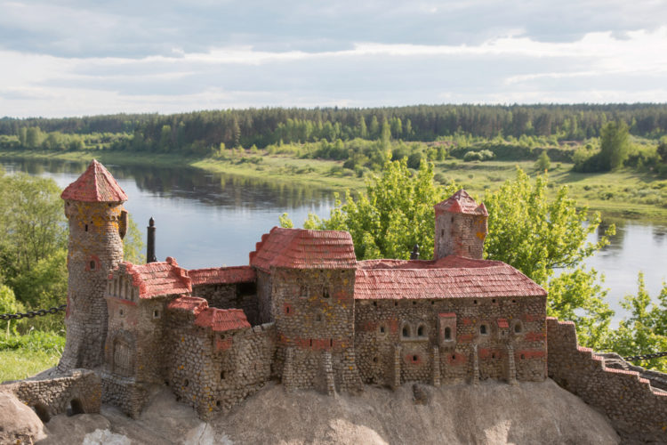 Динабургский замок - достопримечательности Латвии