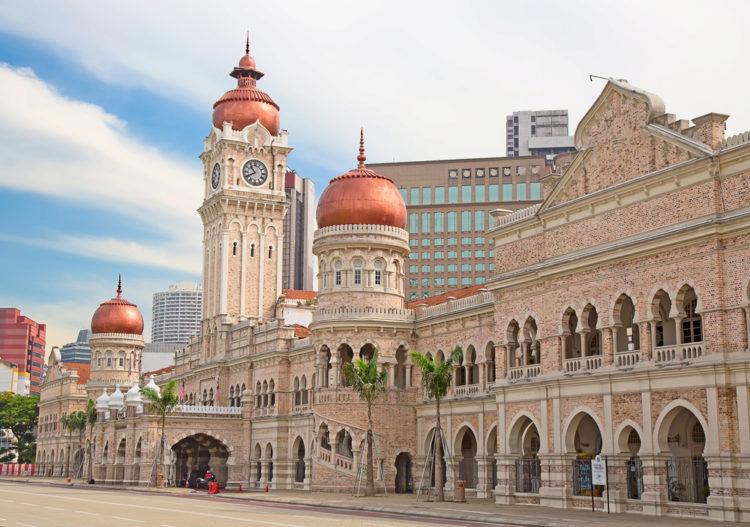 Дворец султана Абдул-Самада - достопримечательности Малайзии
