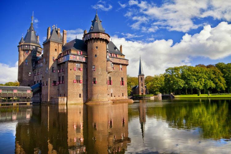 Замок Де Хаар - достопримечательности Нидерландов