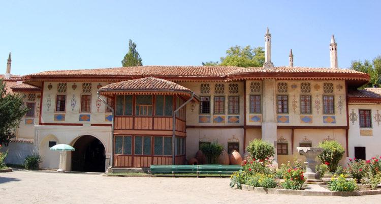 достопримечательности Бахчисарая - Здание Ханского дворца