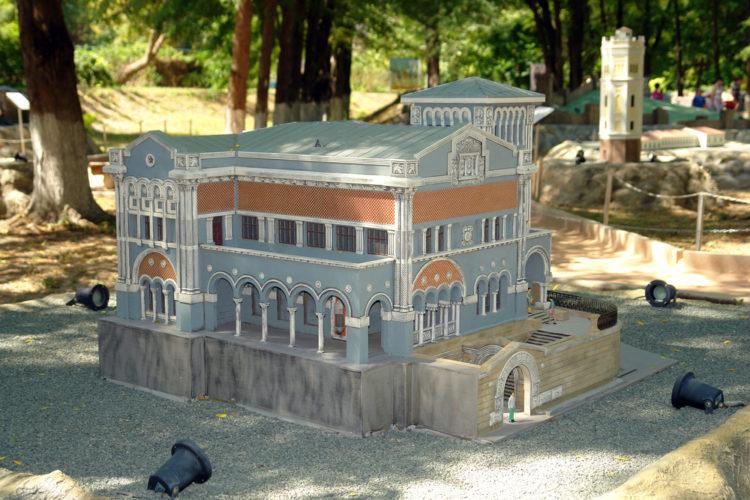 Городской парк миниатюр в Бахчисарае
