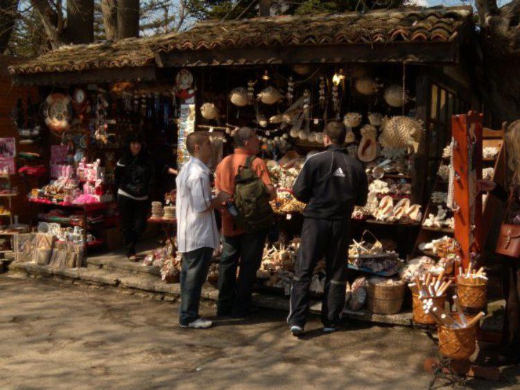 Продажа сувениров в Балчике