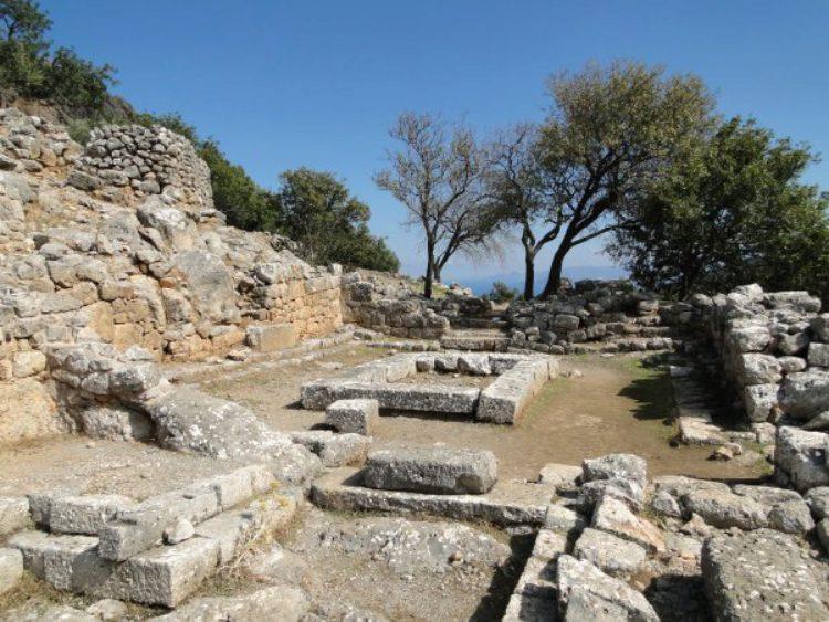 Развалины города Лато в Айос-Николаоса, Кипр, Греция