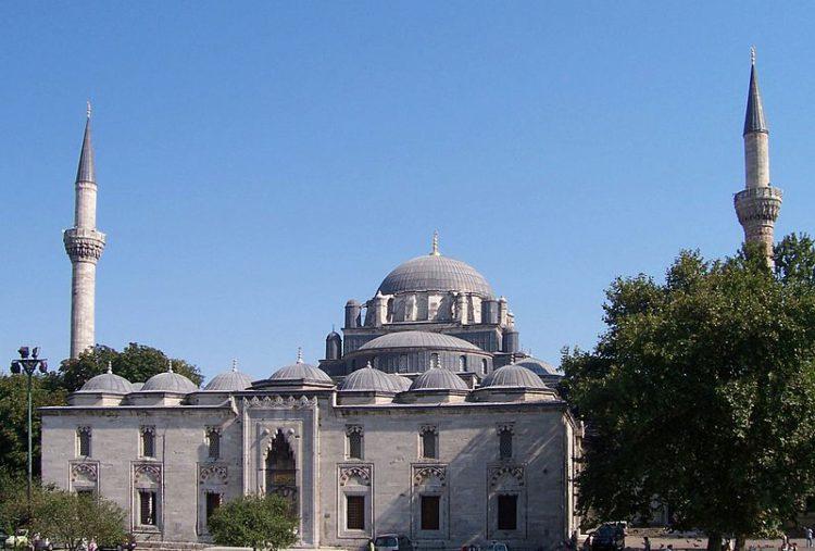 Мечеть Баезид II в Стамбуле - достопримечательности Стамбула, Турция
