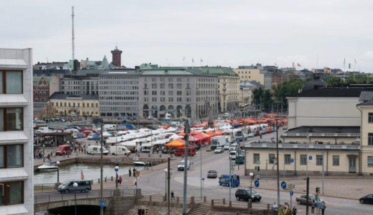Рыночная площадь Market Square - достопримечательности Хельсинки, Финляндия