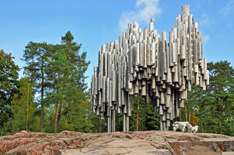 Памятник Сибелиусу - достопримечательности Хельсинки, Финляндия