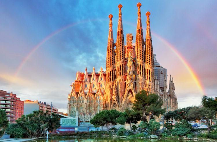 Собор Святого Семейства в Барселоне - достопримкчательности Барселоны