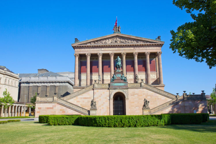 Старая Национальная галерея в Берлине - достопримечательности Берлина