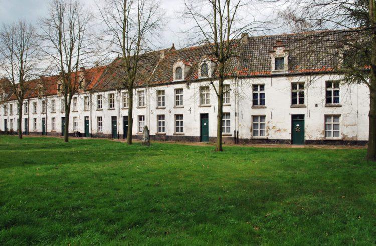 Монастырь Бегинаж в Брюгге - достопримечательности Брюгге