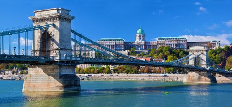 Цепной мост Сечени в Будапеште - достопримечательности Будапешта, Венгрия