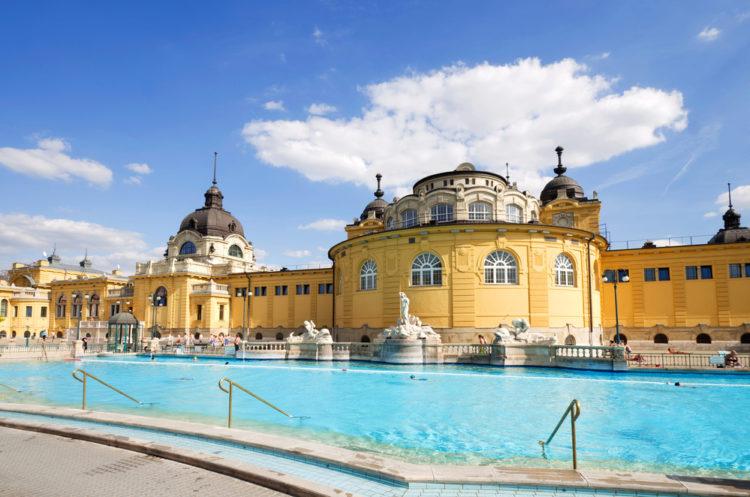 Купальня Сеченьи в Будапеште - достопримечательности Будапешта, Венгрия