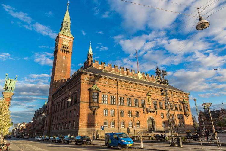 Копенгагенская ратуша - достопримечательности Копенгагена, Дания