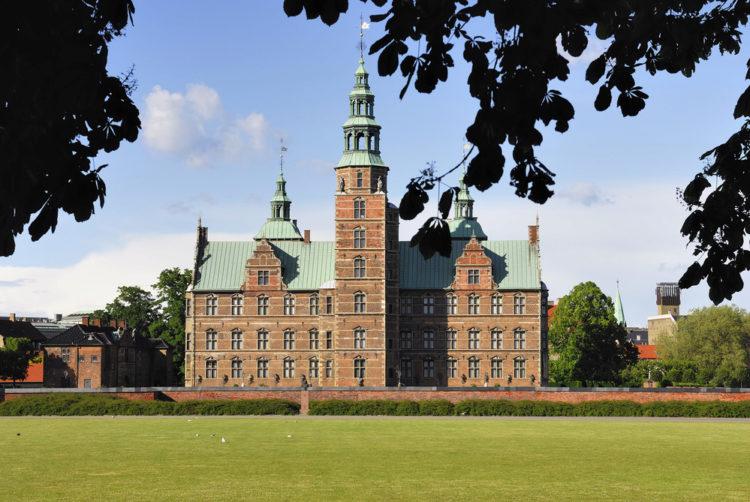 Замок Розенборг в Копенгагене - достопримечательности Копенгагена, Дания