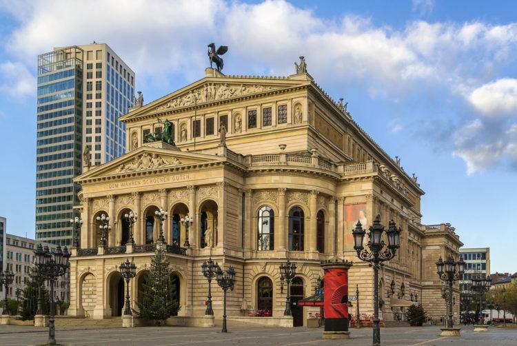 Старый Оперный театр (Alte Oper) во Франкфурте - достопримечательности Франкфурта, Германия