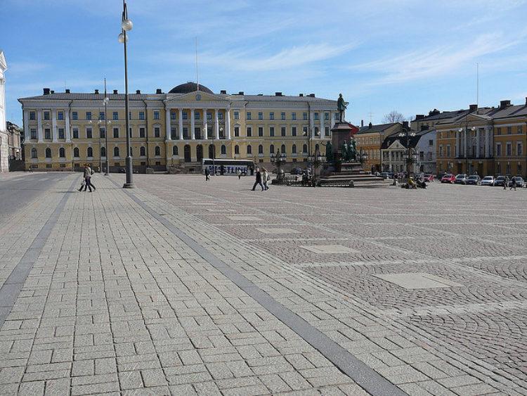 Сенатская площадь в Хельсинки - достопримечательности Хельсинки, Финляндия