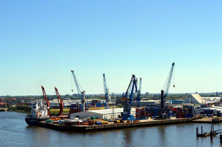 Порт Гамбурга в Германии - достопримечательности Гамбурга, Германия