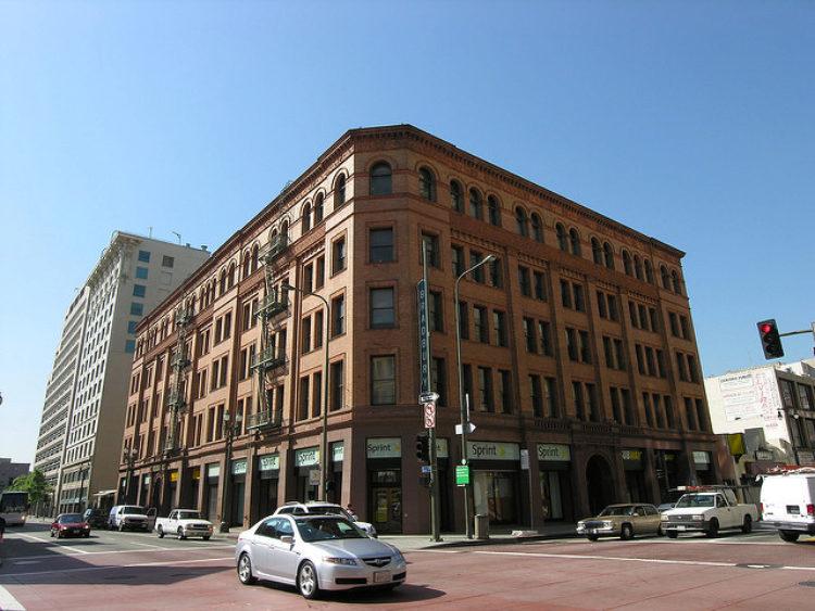 Брэдбери-Билдинг (здание Брэдбери) в Лос-Анджелесе - достопримечательности Лос-Анджелеса, Калифорния, США