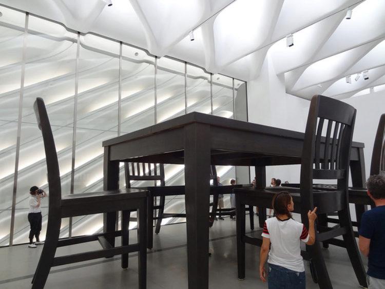 The Broad Museum — музей современного искусства в Лос-Анджелесе - достопримечательности Лос-Анджелеса, Калифорния, США