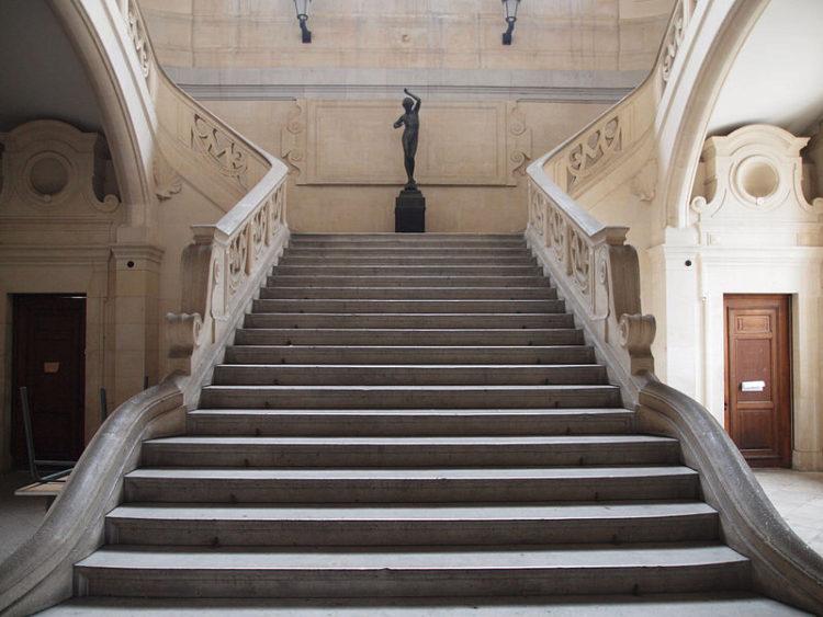 Музей изобразительных искусств (Musee des Beaux-Arts) в Марселе - достопримечательности Марселя, Франция