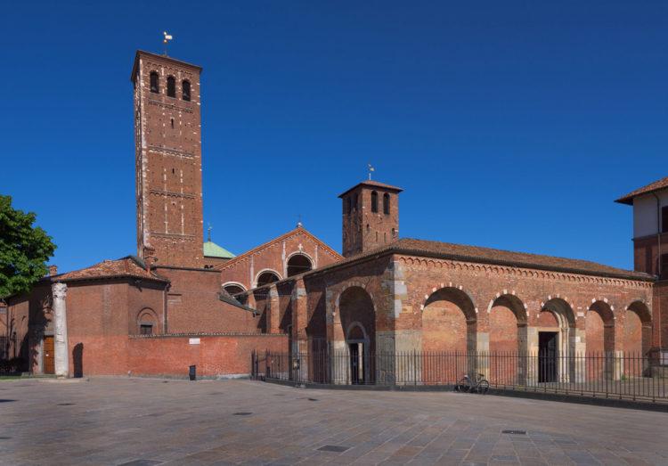 Базилика Святого Амвросия (Basilica di Sant'Ambrogio) - достопримечательности Милана, Италия