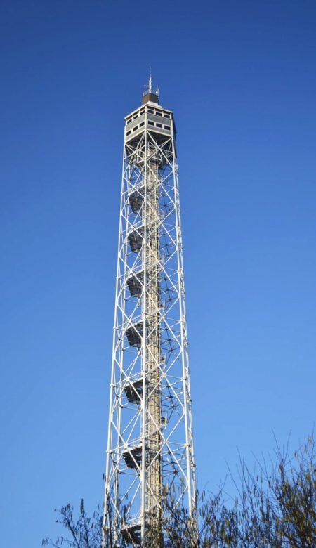 Башня Бранка (Torre Branca) в Милане - достопримечательности Милана, Италия
