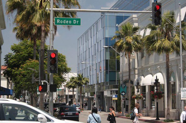 Улица Родео-Драйв (Rodeo Drive) в Лос-Анджелесе - достопримечательности Лос-Анджелеса, Калифорния, США