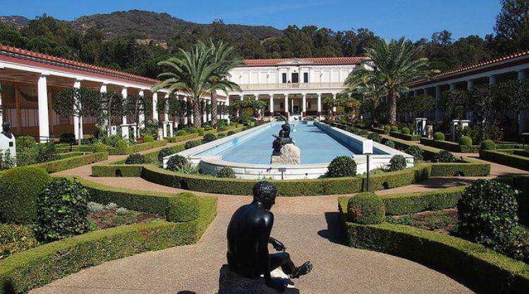 Вилла Гетти (Getty Villa) в Лос-Анджелесе - достопримечательности Лос-Анджелеса, Калифорния, США