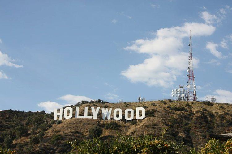Знаменитый знак Голливуда в Лос-Анджелесе - достопримечательности Лос-Анджелеса, Калифорния, США
